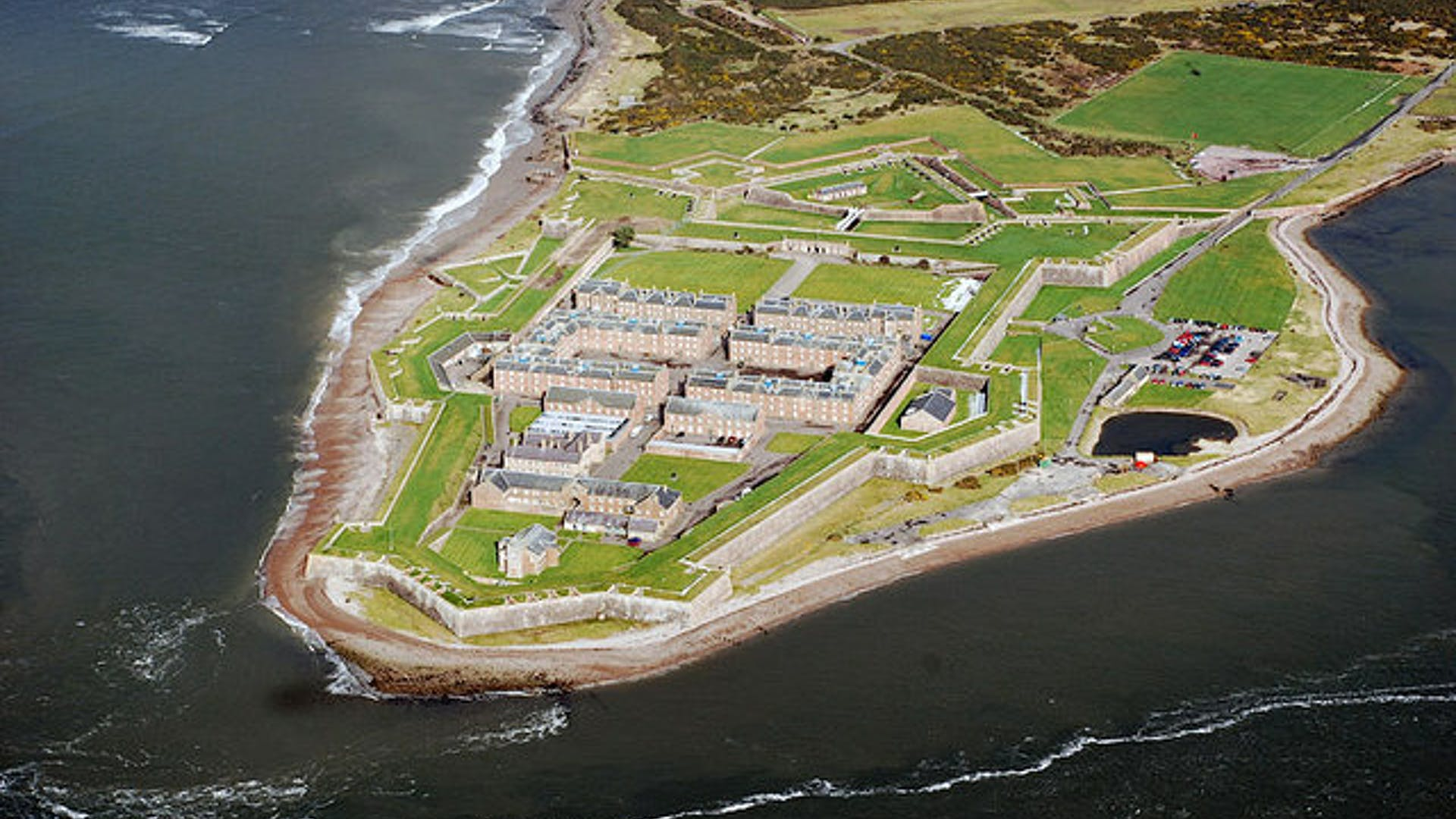Fort George geograph org uk 1242152