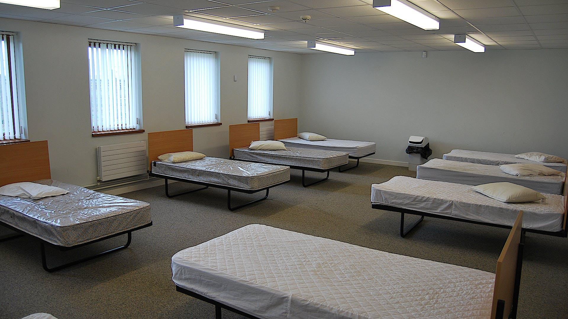 G25 FEMALE CADET 10 BED