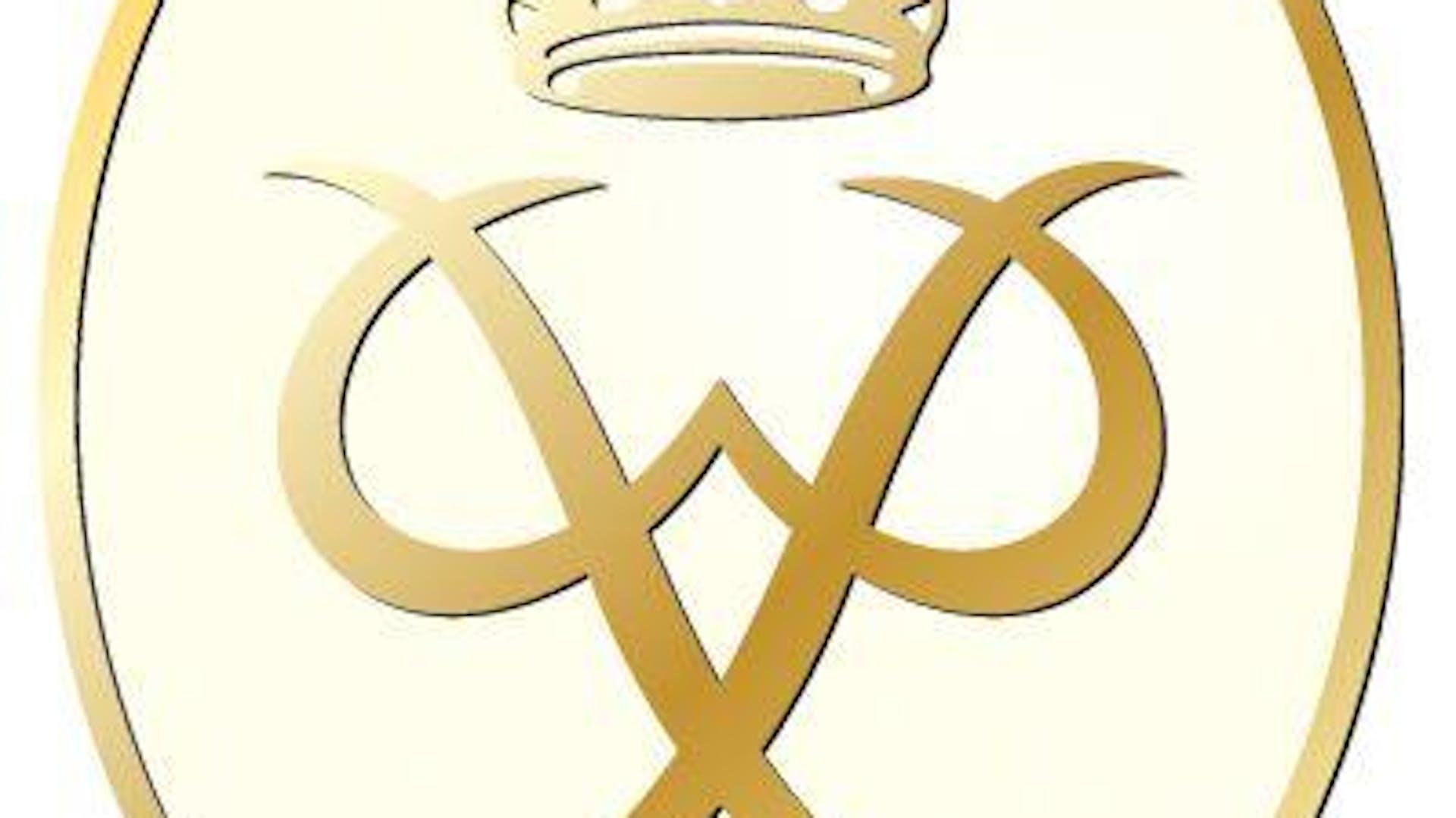 Gold dofe badge