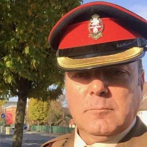 Lt Col Simon Dean